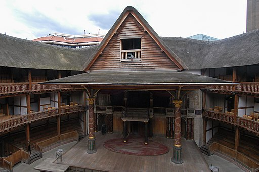 Shakespeare's_Globe_Theatre_-_panoramio_(1)